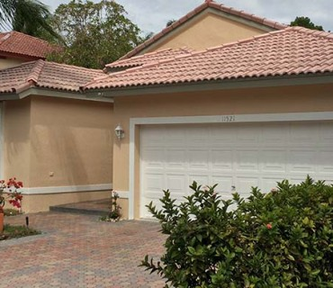 Pembroke Pines, FL Exterior Paint Company Featured Image